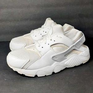 Nike Huarache Triple White Sneakers 2.5